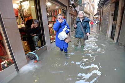 La nueva pleamar alcanzó los 1.44 metros de agua de inundación.