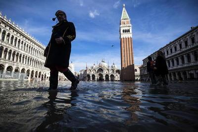 Las inundaciones sufridas, las peores en medio siglo, han provocado una caída en picado de las visitas de turistas.