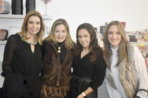 Katia, Ana, Isabela y Paty