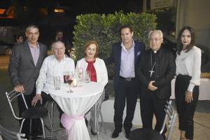 Rene, Arturo, Magaly, Arturo, Jose Guadalupe y Liliana