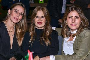 Gabriela,Dora y Marcela