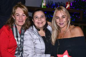 Guera,Mary Cristi y Liliana.