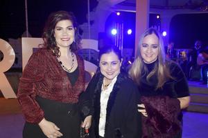 Silvia, Lizeth y Patricia