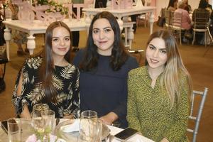Anilu, Mariana y Yoseline