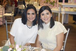 Monica y Leticia