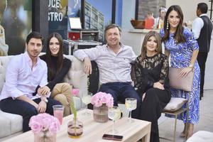Alejandro, Daniela, Gerardo, Alina y Ana Karina