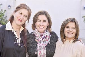 Maribel,Gisela y Maru.