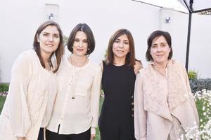 Mirita, Cecilia, Chiquis y Bárbara.