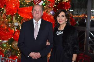 24122019 Jesús Viesca y Elisa de Viesca.