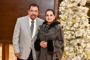 22122019 Dr. Edmundo Guzmán y Dora Elia Guerra.