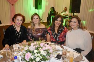 25122019 Tita, Sandra, Martha y Ena.