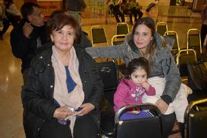 28122019 Rosario, Andrea y Lulu.