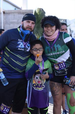 28122019 Luis, Adrián y Katia.
