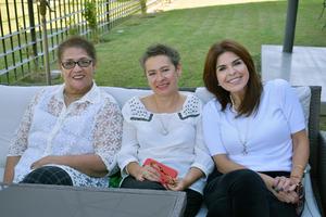 01012020 JARDINERAS.  Noemí, Lupita y Mary Cruz.