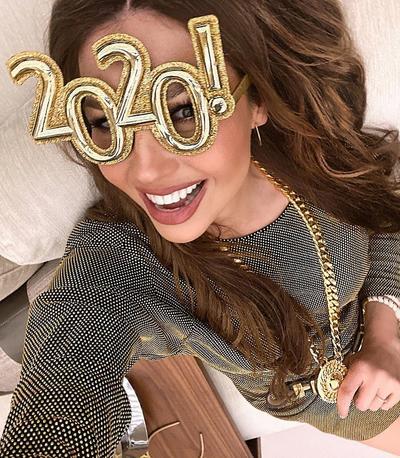 Efusiva. Thalía compartió varias fotos en su cuenta de Instagram en las que luce muy contenta.