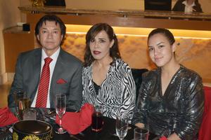 02012020 Gerardo, Alma y Daniela.