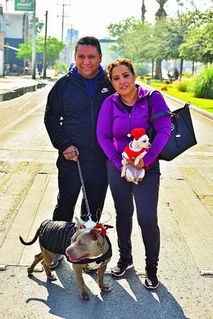 06012020 Luis, Rosalba, Chelsea y Lazarito.