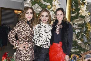 Cynthia, Lizy y Anilú.