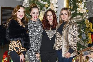 Priscila, Anali, Alicia y Caro.