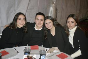 Sofia, Andres, Regina y Sofia