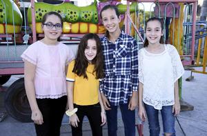 Mariana, Arantza, Camila y Natalia