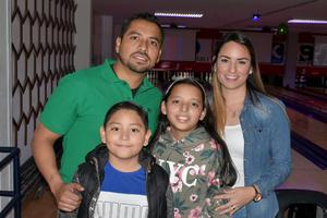 08012020 Gerardo, Oswaldo, Danna y Karina.