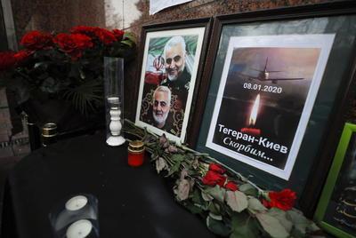 En la embajada, también se recordó al general iraní Qasem Soleimani, muerto en una operación de EUA.