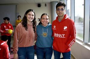 10012020 Carlos Flores, Angélica de Luna y Mariana Marines.