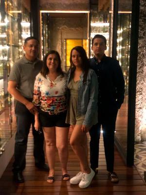 10012020 EN FAMILIA.  José, María, Ángela y Manuel Alvarado.