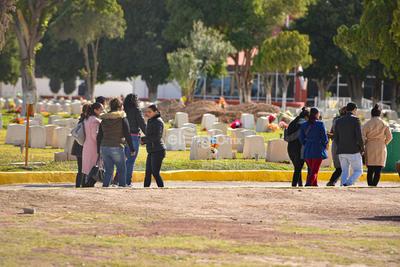 Dieron el último adiós a las víctimas de la tragedia en el Colegio Cervantes.