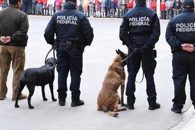 Participaron Adelaido Flores, coordinador en la Región Laguna de la Secretaría de Seguridad Pública y la Unidad Canina de la Policía Federal.