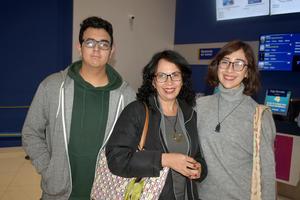 15012020 Emmanuel, Marina y Clara.
