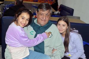 15012020 EN FAMILIA.  Silvana, Rubén y Luciana.