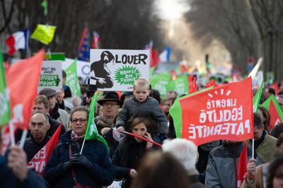 Un gran sector de Francia se encuentra bajo protesta.