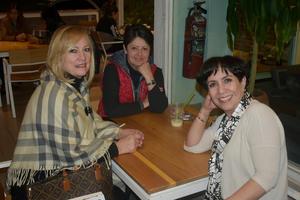 20012020 Aurora, Tere y Norma.