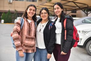 21012020 Estefanía, Cristi y Michelle.