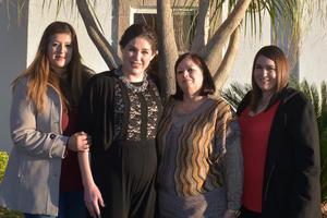21012020 RECIENTE FESTEJO.  Érika, Silvia, Tere y Valeria.