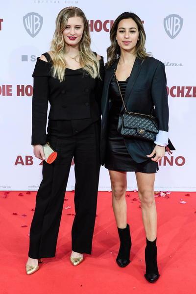 Luna Schweiger y Gizem Emre
