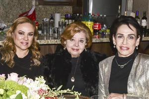 Trini Gonzalez,Carola Sanchez y Lucy Seijas.