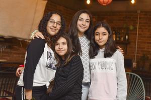 Regina, Melissa, Valeria , Sofía