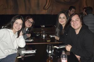 Katalina, Giovana, Samantha y Lenon