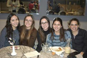 Michelle, Sofia, Mary Tere, Ana Karla y Sara