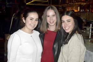 Ana, Isabel y Ana Cecy