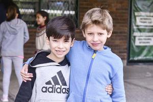Mikel y Gabriel.