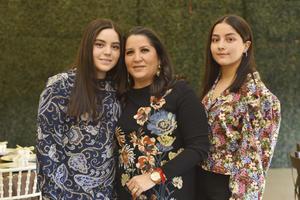 Margarita López Karla, Marcela y Marcela