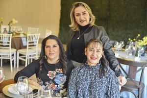 Rosario, Marcela y Yadira