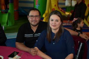 22012020 Salvador y Liliana.
