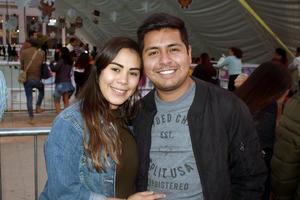 23012020 EN PAREJA.  Silvana y Ángel.
