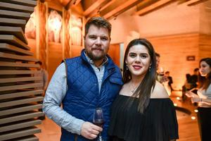 27012020 Rodrigo Sifuentes y Emily Braham.