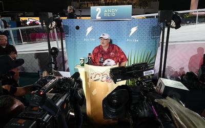 Celebran el Opening Night del Super Bowl LIV en Miami